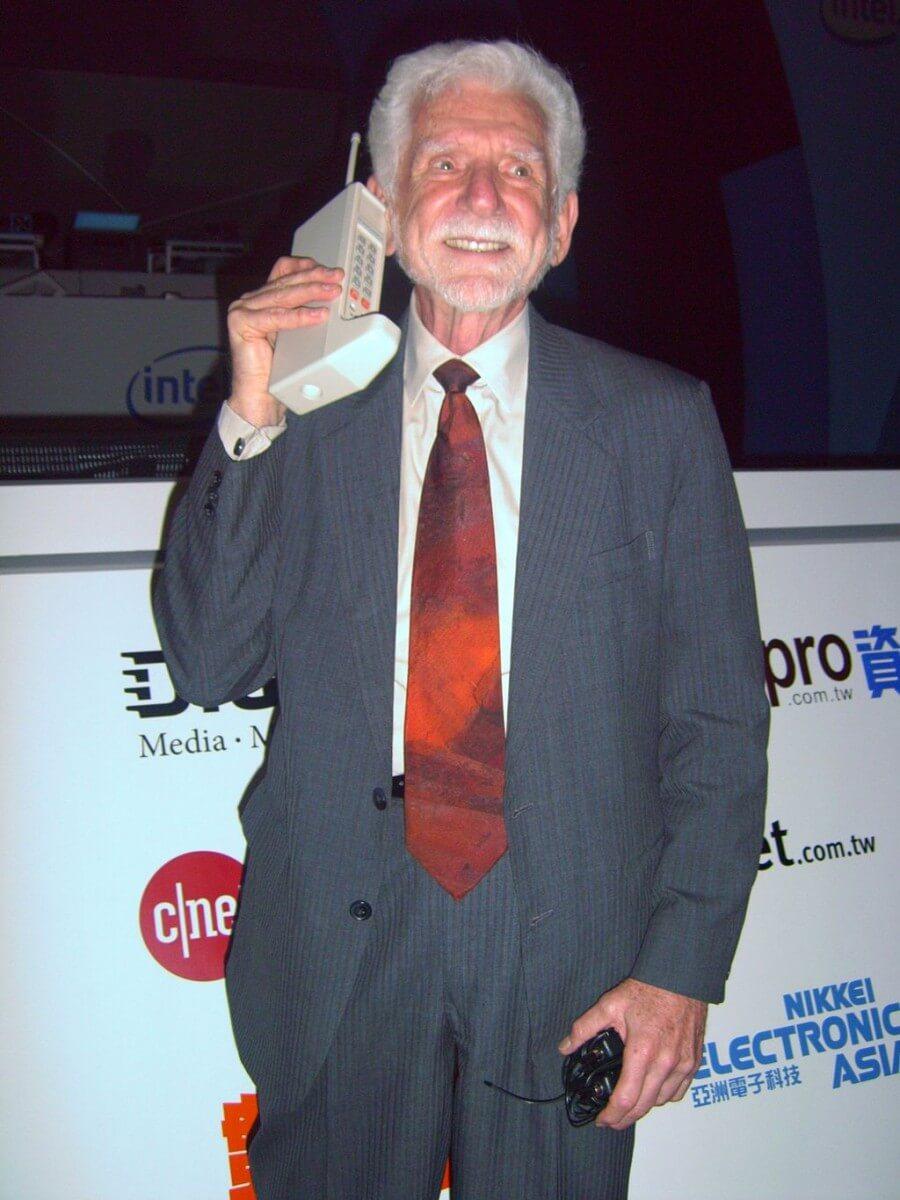 Geschiedens telefoon Sim Only eerste telefoon Motorola DynaTAC